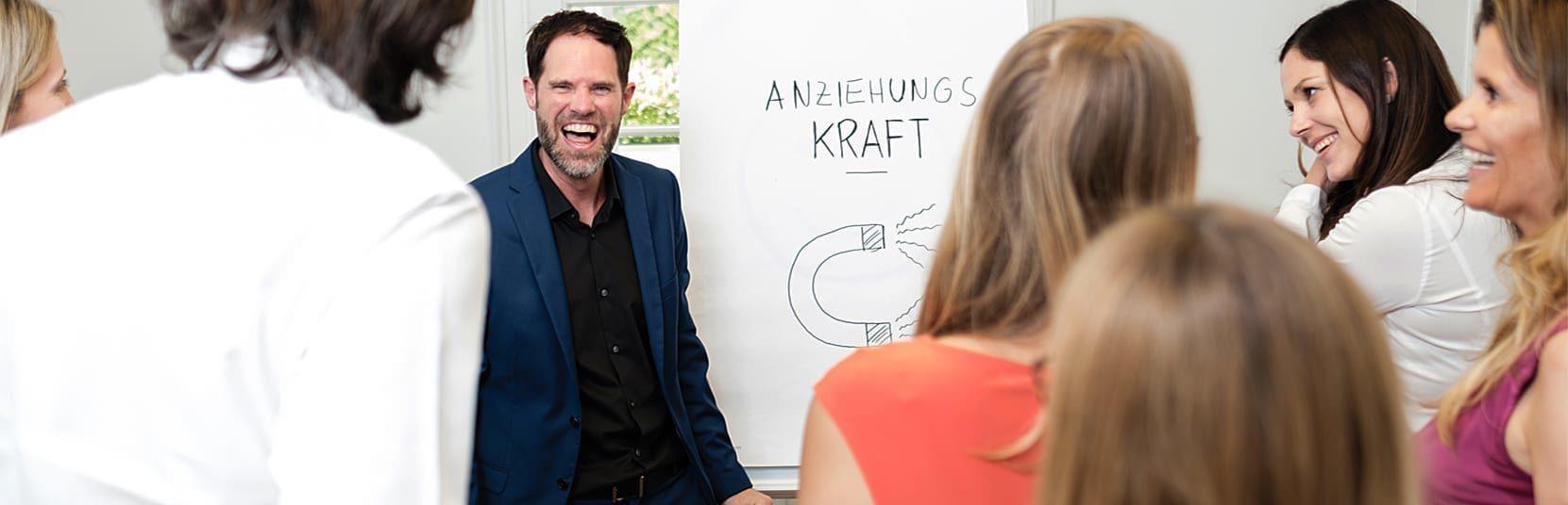 Seminare Markenentwicklung - Andreas Powisch: Wirkung zeigen und Menschen überzeugen